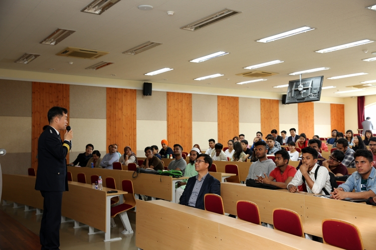 Special Lecture (Foreigner Students Guide for Protection from Crime) 첨부파일  - 3.jpg